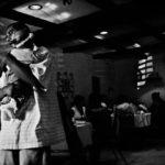 La nipote di Josefina Gonzalez, la mamma di Claudia Yvette una delle donne scomparse, in braccio al papá. Celebrazione del giorno dei morti. Ciudad Juarez, 1 novembre 2008.
